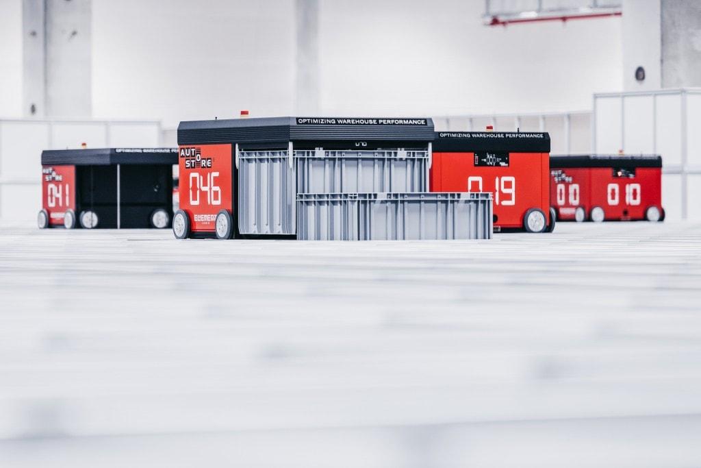El sistema AutoStore de TTI tiene actualmente 50 robots en uso