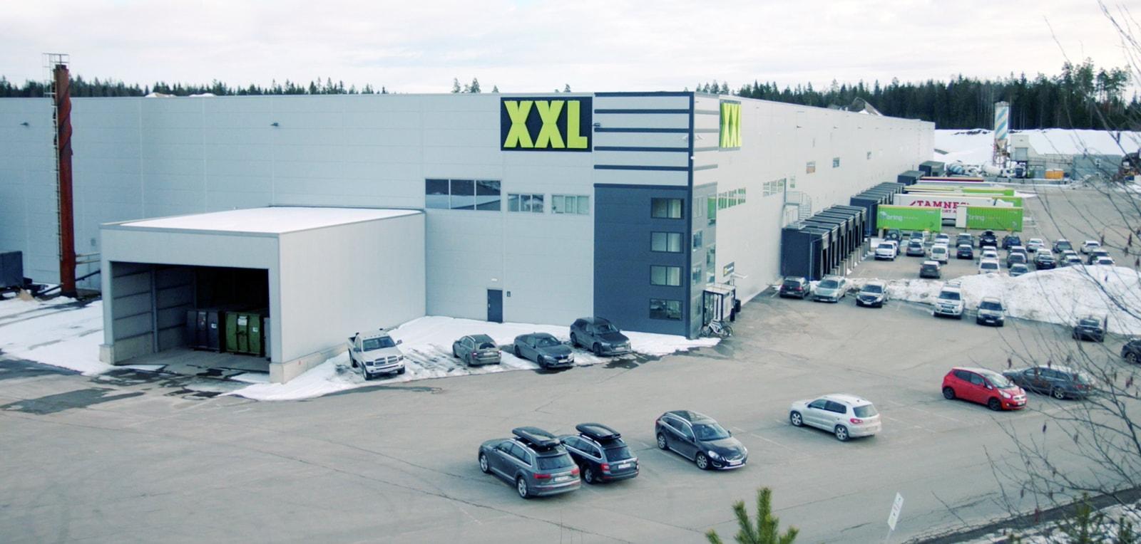 Imagen del almacén de la compañía XXL