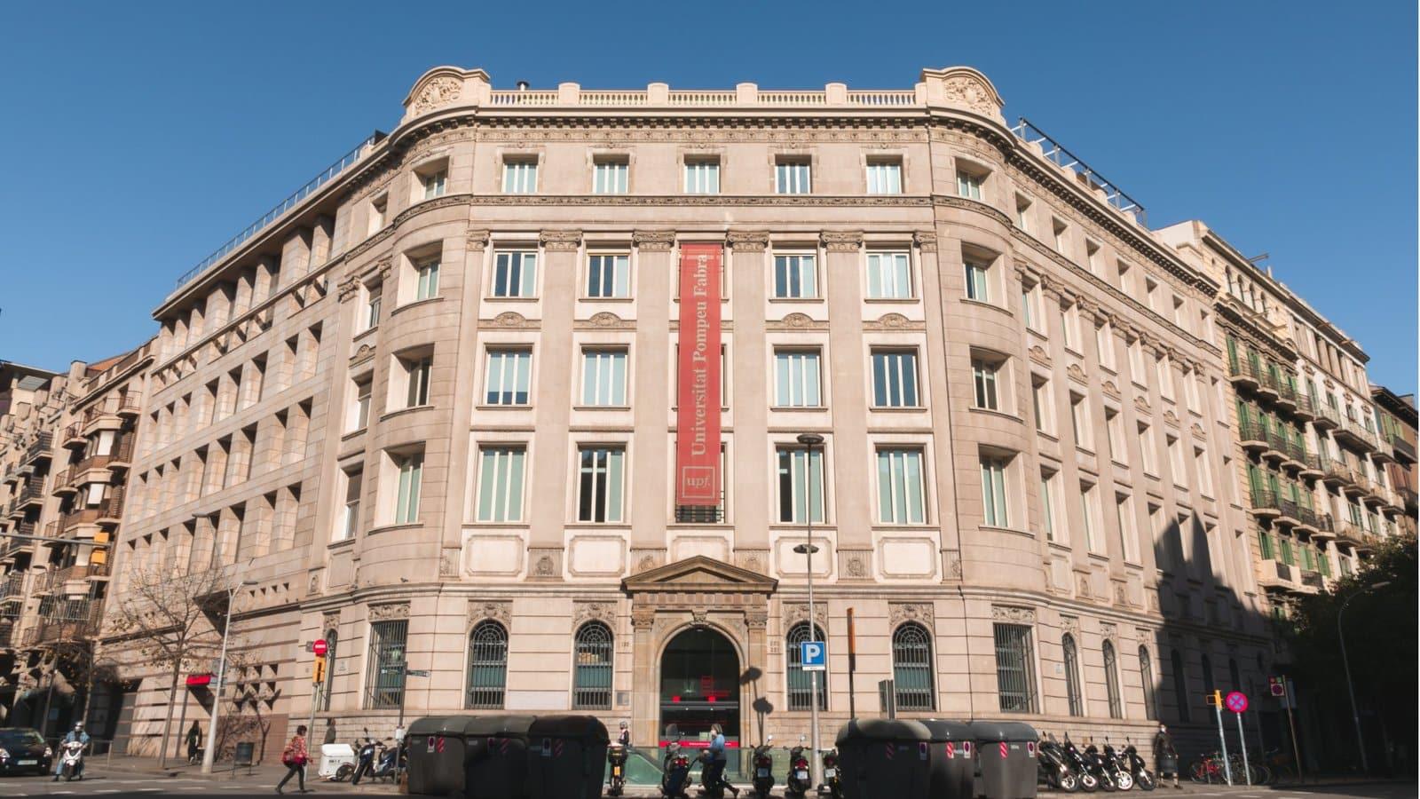 Fachada de la Universidad Pompeu Fabra en Barcelona